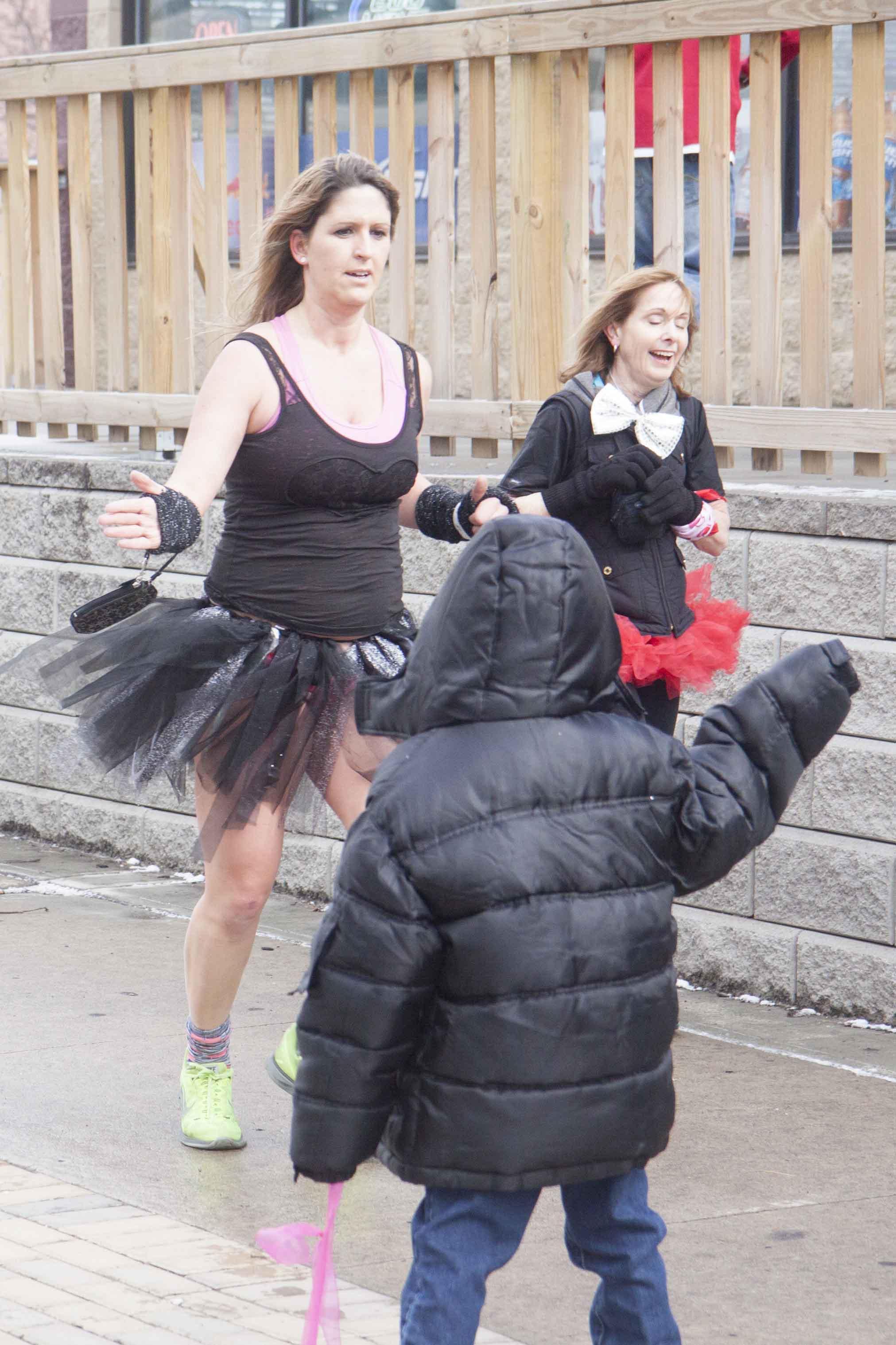 Cincinnati Cupid Undie Run 2015 - 52.jpg