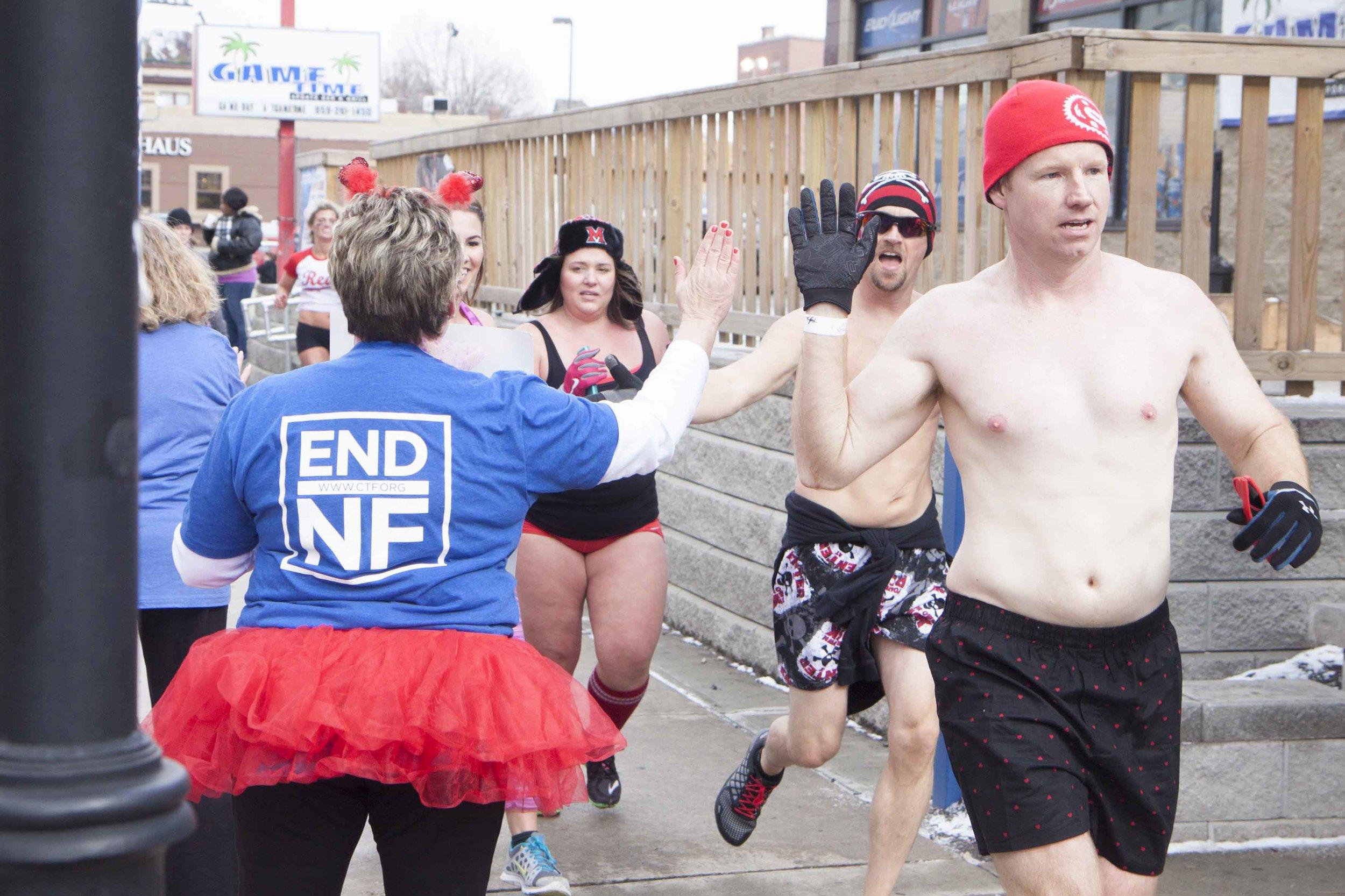 Cincinnati Cupid Undie Run 2015 - 57.jpg