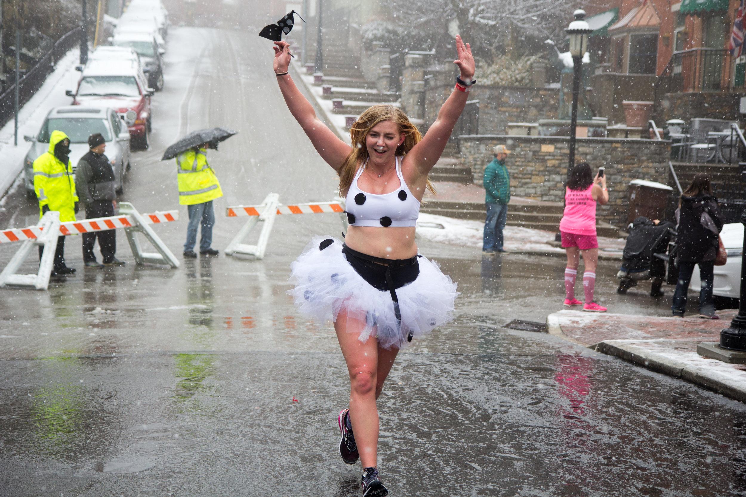 CaseyMillerPhoto - Cupid Undie Run 2018  (135 of 252).jpg