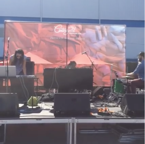 full band show at Brooklyn Flea for Northside Festival (September 20, 2015)