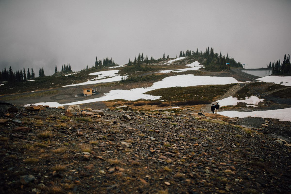 Intimate mountain wedding photography