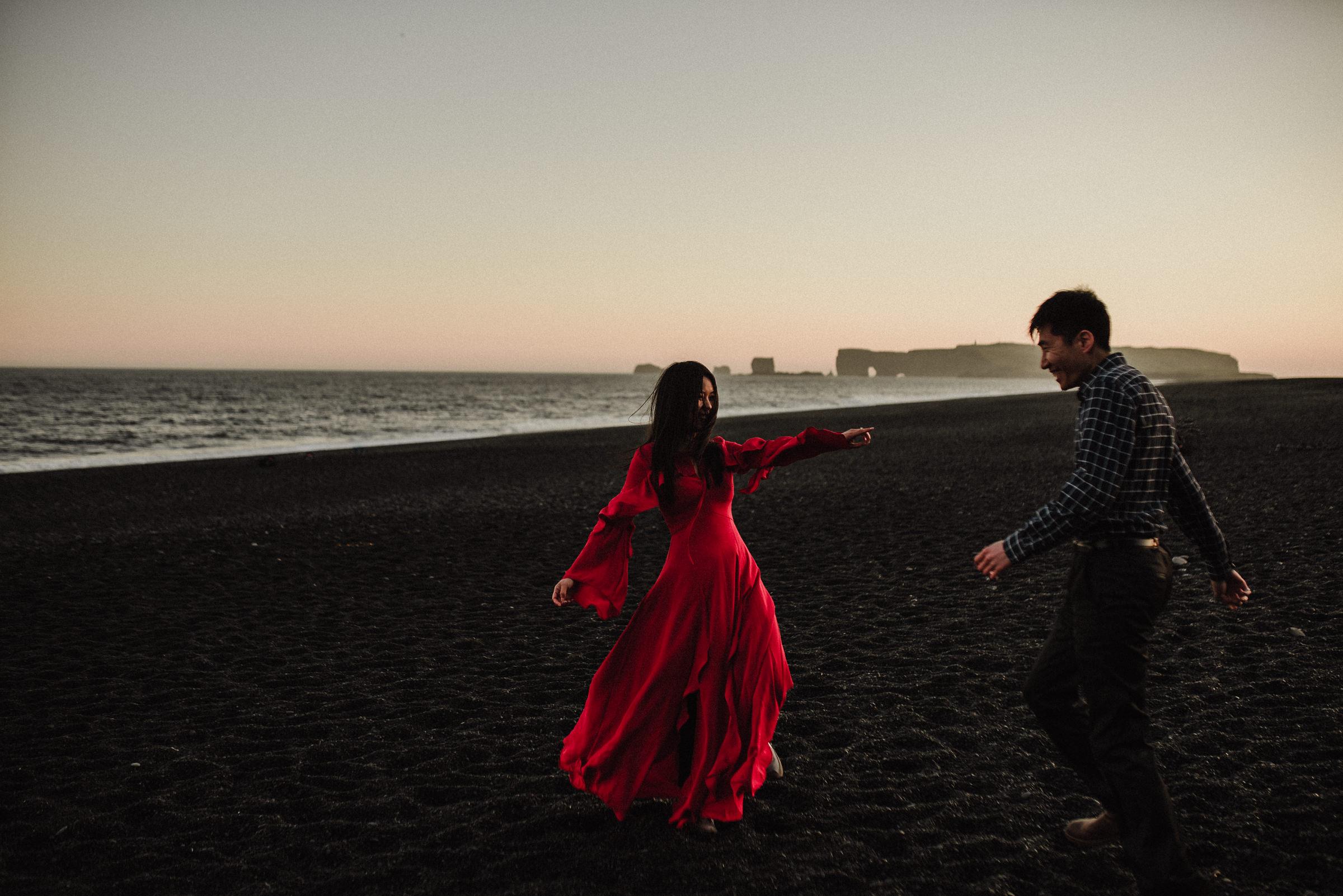 vik beach wedding photos
