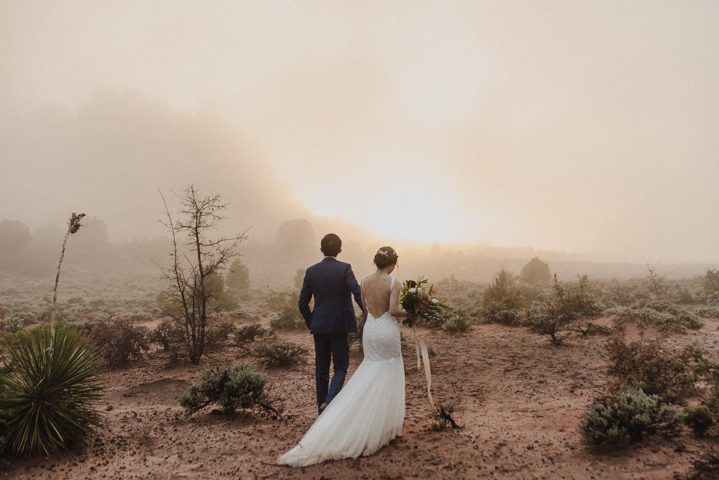 artistic elopement photographer