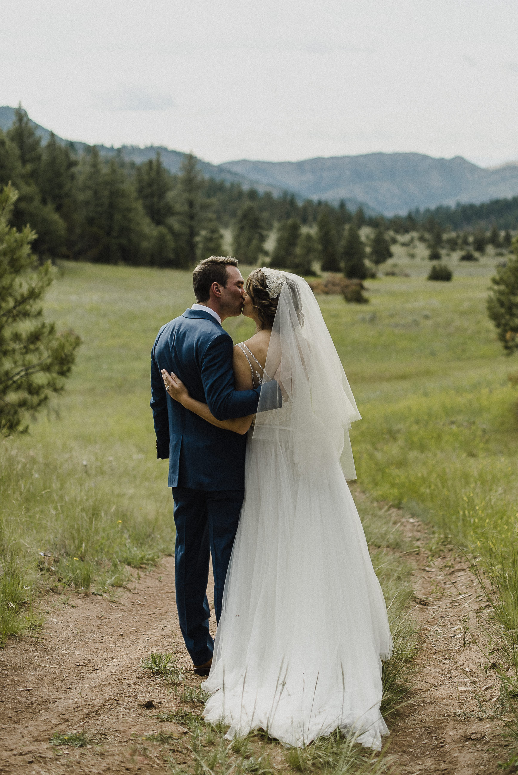 Romantic Wedding Photography in Montana