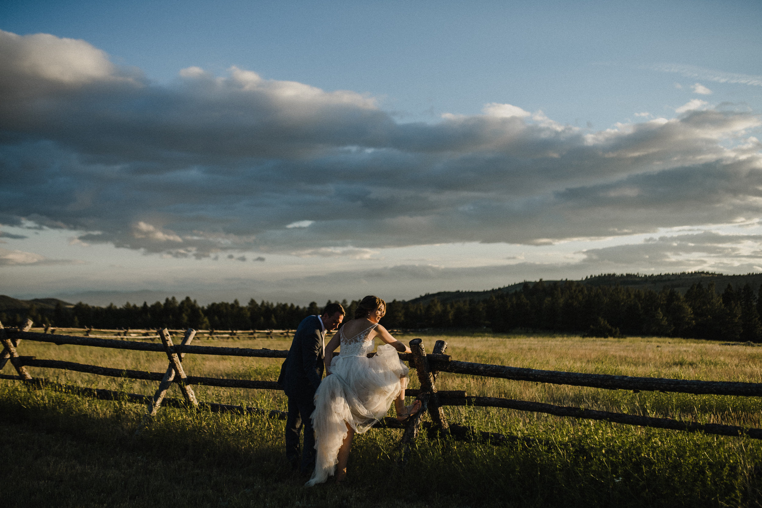 summer star ranch adventurous wedding photography