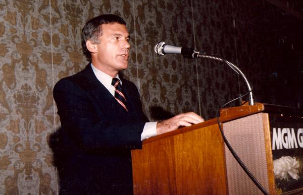 Keynote Speech to Management (MGM Grand Hotel & Casino, Las Vegas, NV)