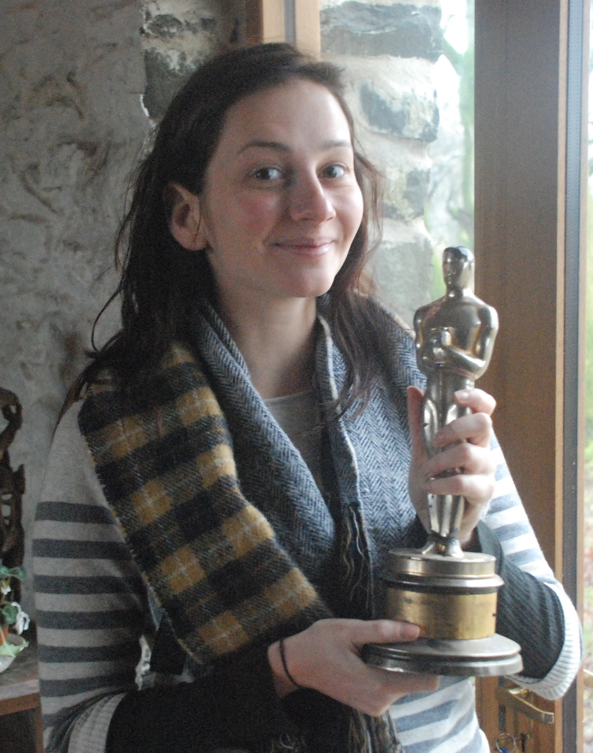 I didn't prepare a speech, but I'd like to thank my mom..., my dad.... and Michael, for letting me hold his Oscar.