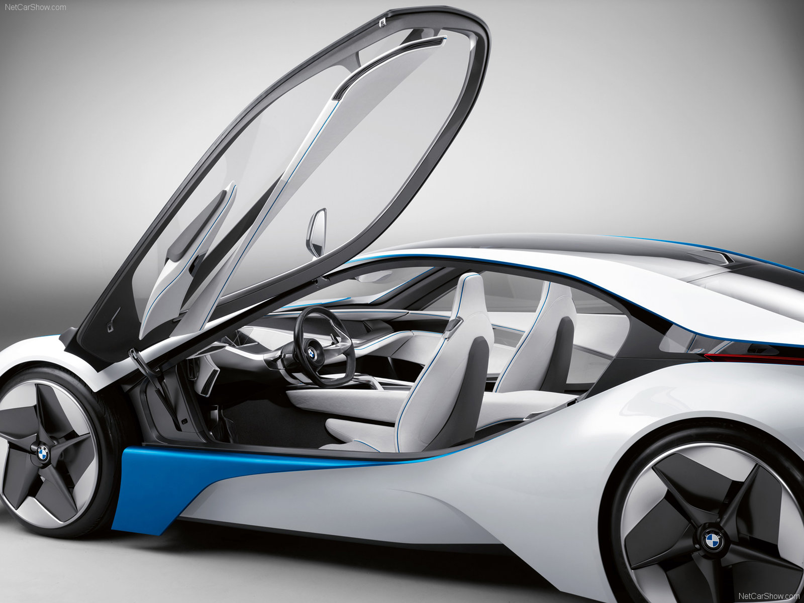 BMW-EfficientDynamics_24.jpg