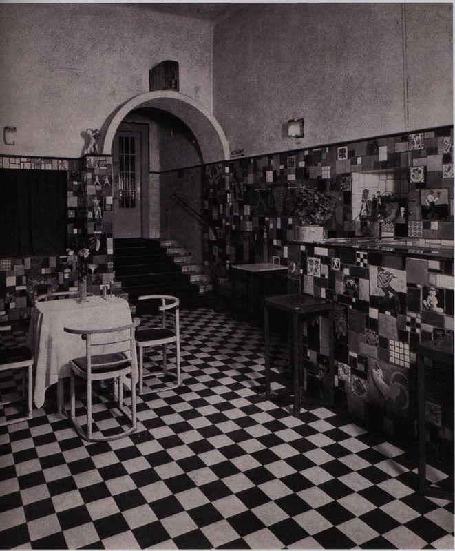 """Die Fledermaus Kabarett in Wien um 1900   """"Interior of the Fledermaus cabaret,"""" in Tri-College Omeka Site, Item #303, http://triomeka.brynmawr.edu/exhibits/show/theater-in-wien/cabarets/item/303"""