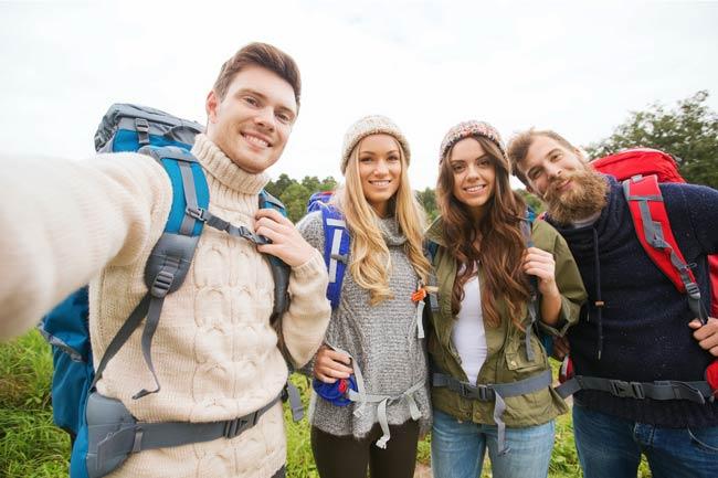 HDFW-Selfie-Hikers-web-650.jpg
