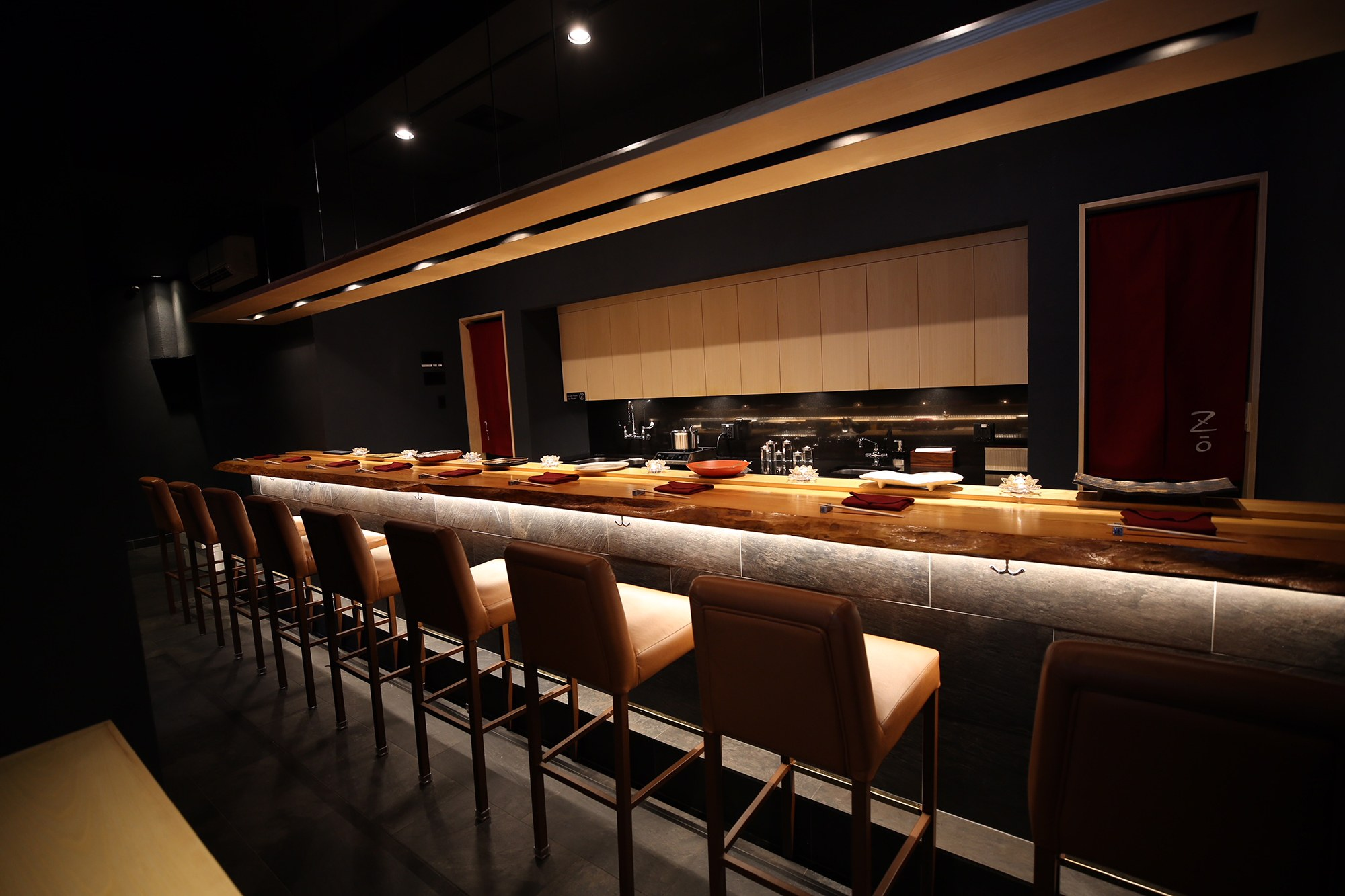 6. Sushi Zo - High-end branch of an LA sushi restaurant devoted to traditional, omakase-only dining.