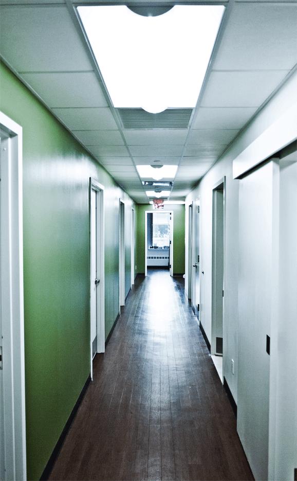 COM_E62_200_hallway.png