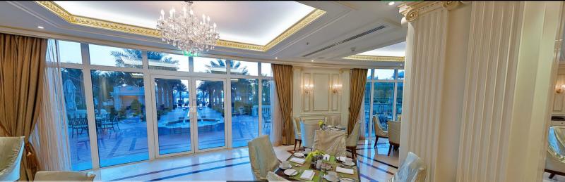 RES_Palm_Kempinski_Hotel_restaurant02.PNG