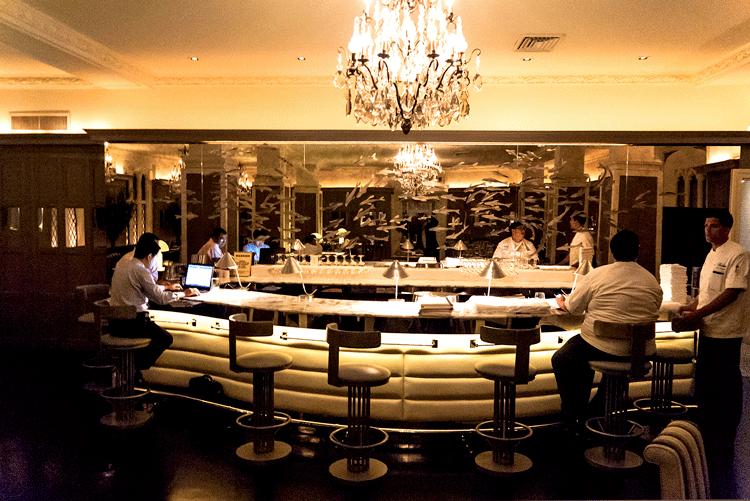 Harlow Restaurant