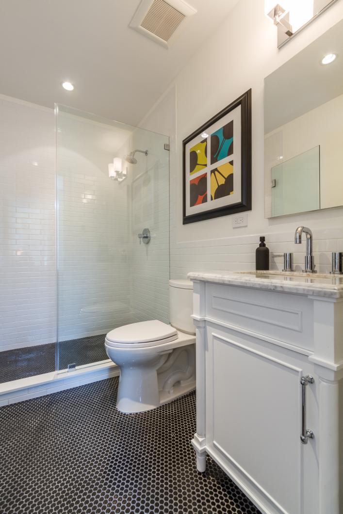 BK_GreeneAve_437_Staged (13)_bathroom.png