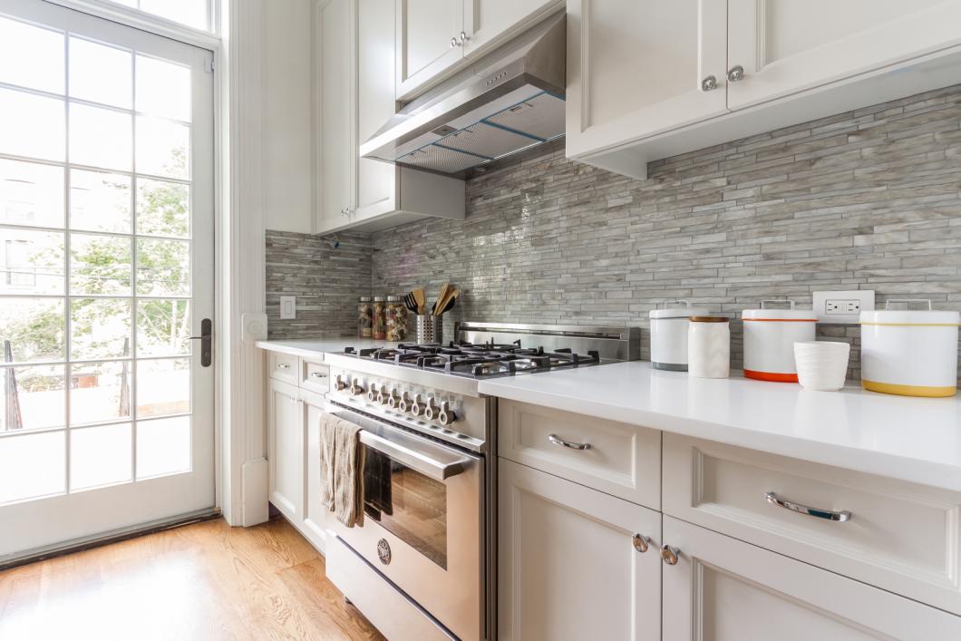 BK_GreeneAve_437_Staged (39)_kitchen.png
