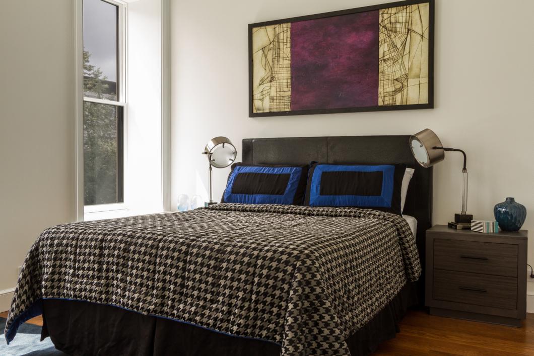 BK_GreeneAve_437_Staged (3)_bedroom.png