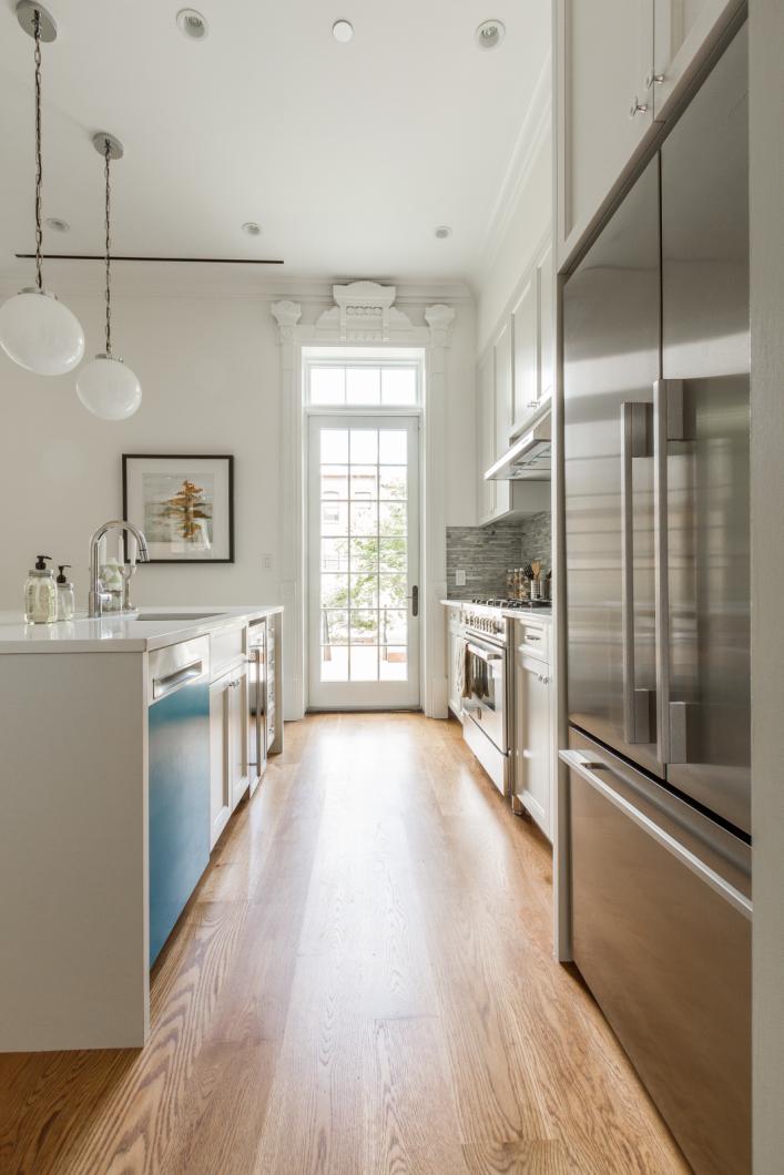 BK_GreeneAve_437_Staged (44)_kitchen.png