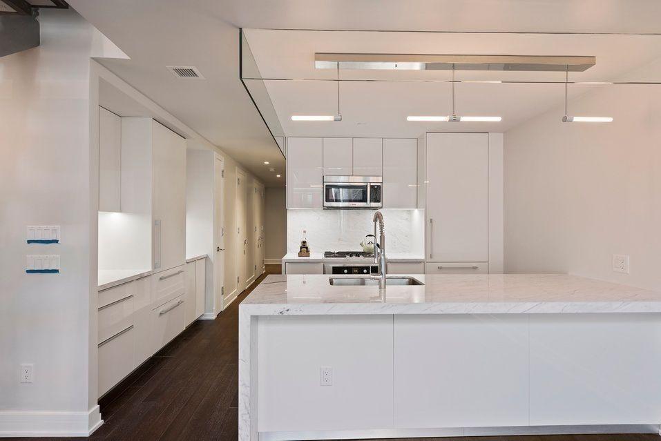RES_MN_Franklin_5_06_kitchen.jpg