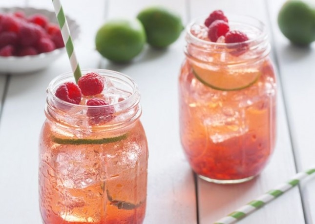 Raspberry and lime water