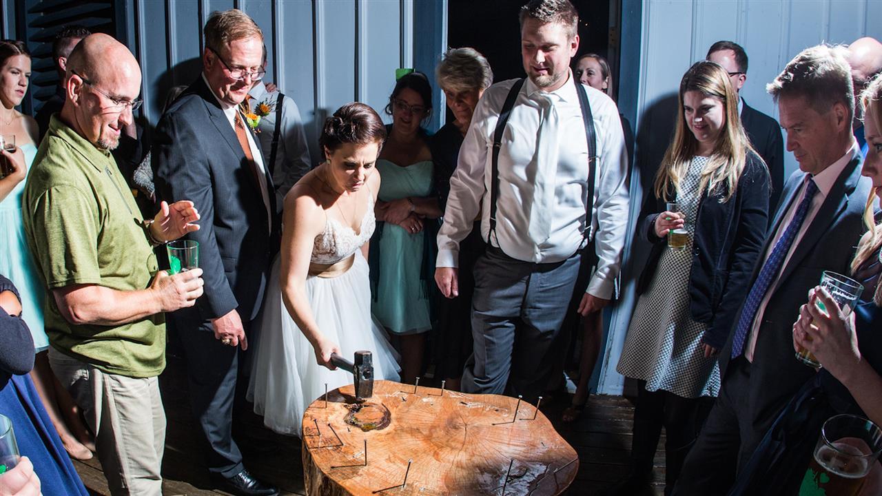 wedding-stump.jpg