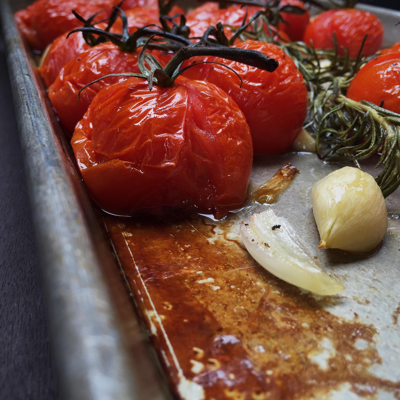 Roasted Tomatoes | RafaellaSargi.com