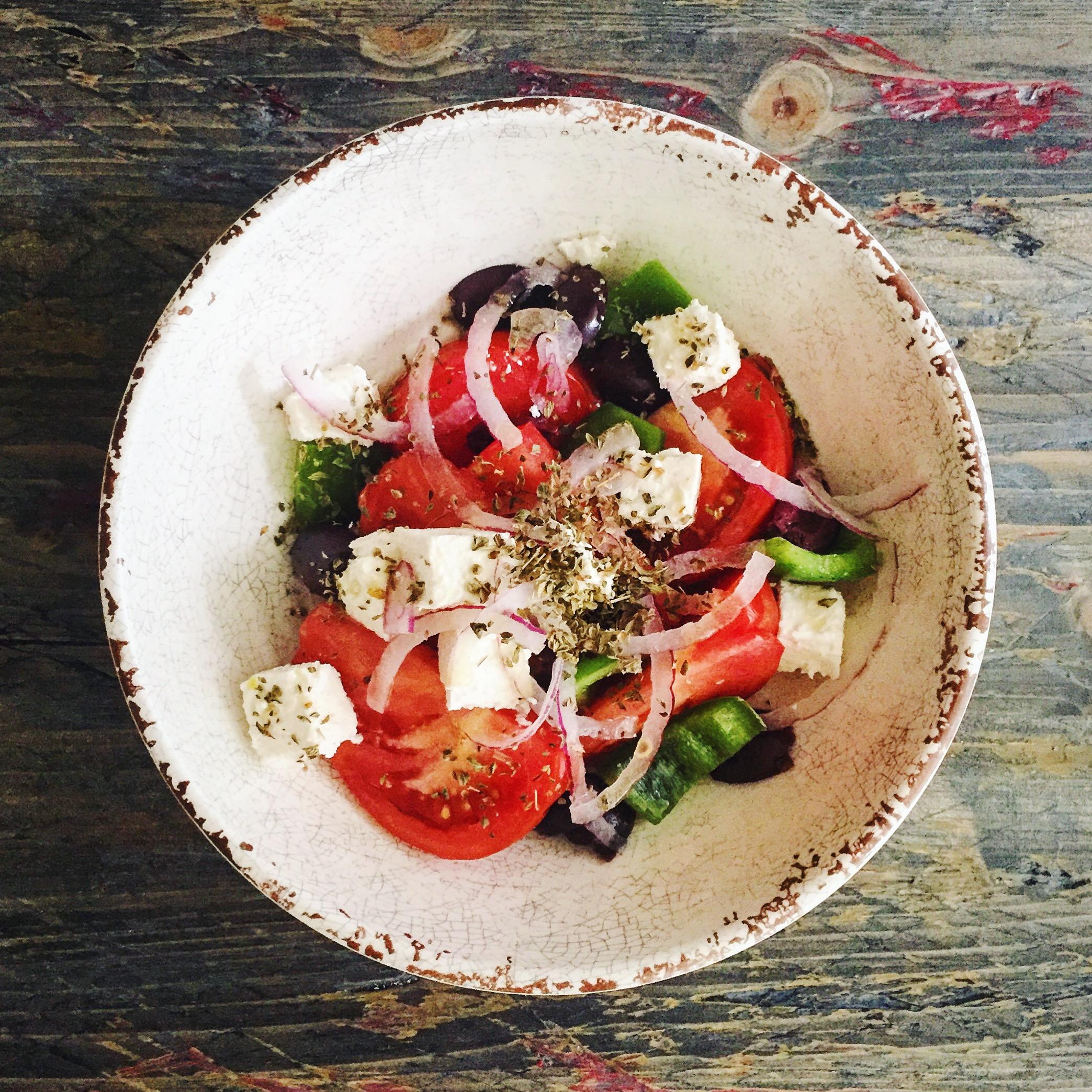 Greek Salad | RafaellaSargi.com