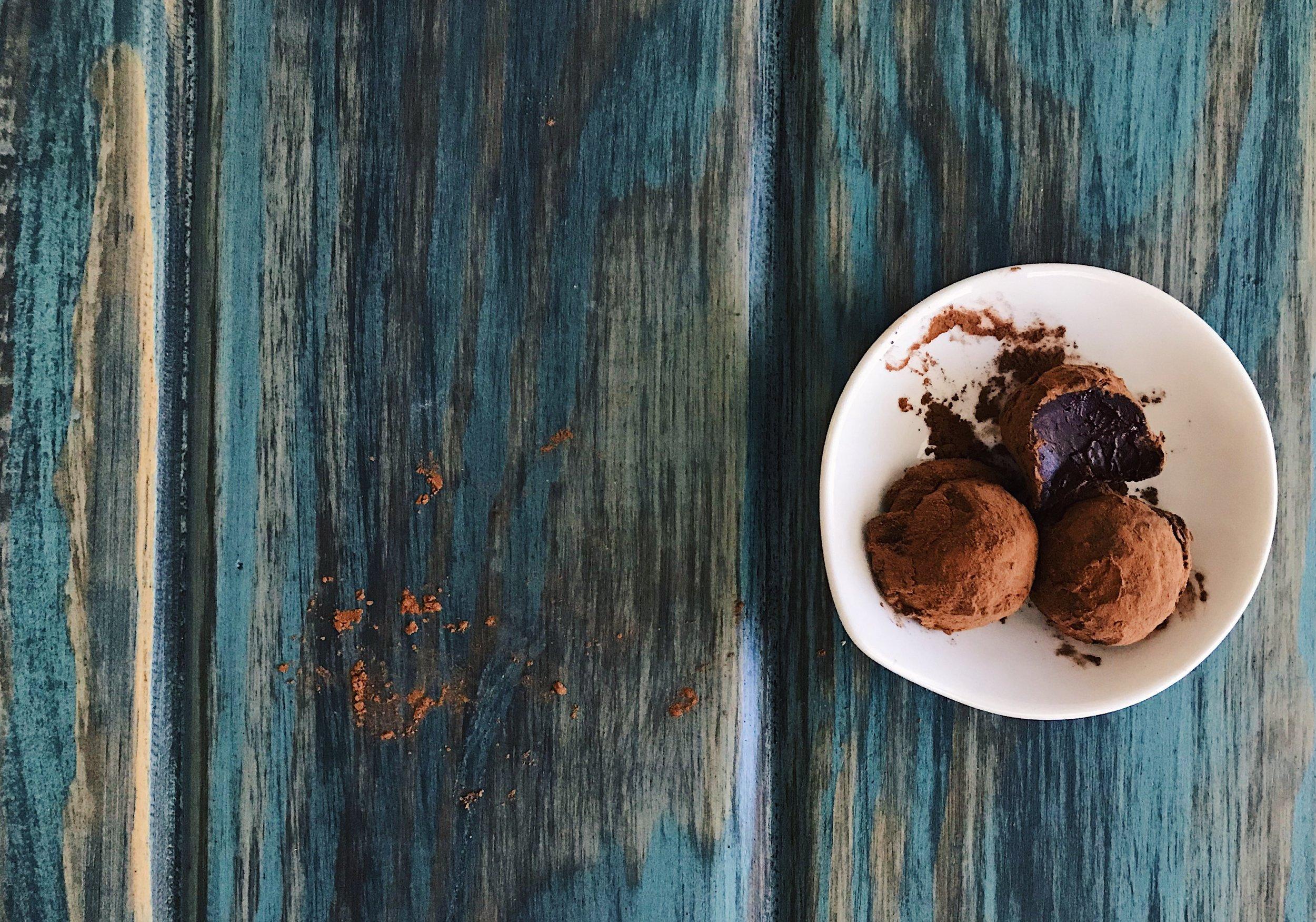 Chocolate Truffles | RafaellaSargi.com