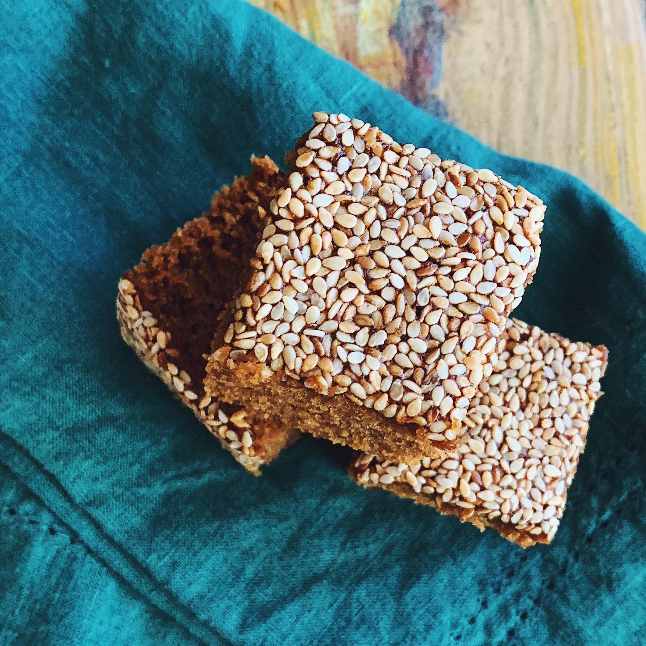 Sfouf bi Debess | Lebanese Molasses Cake | RafaellaSargi.com