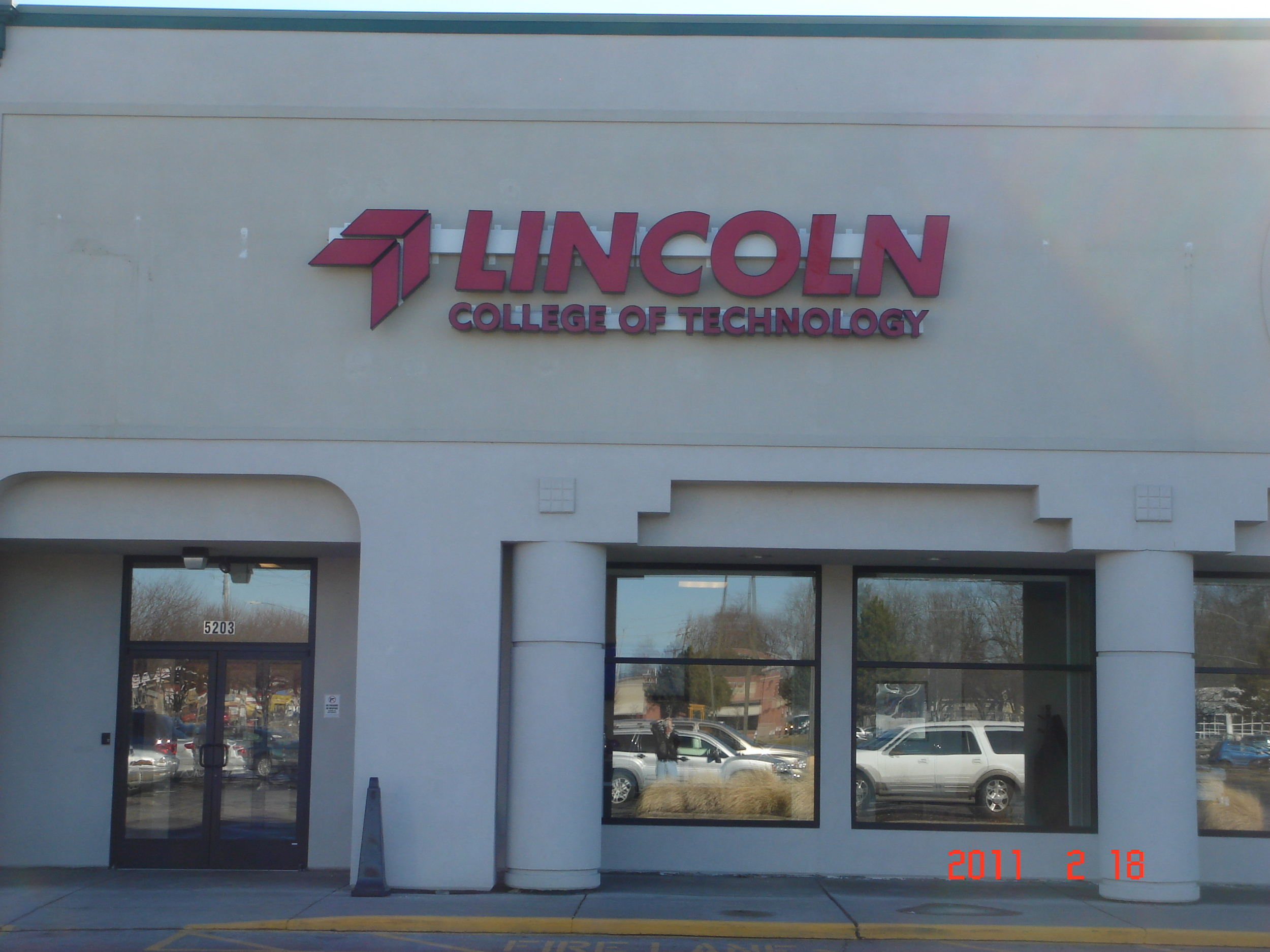 LINCOLN SCHOOL OF TECHNOLOGY