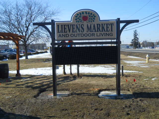 Lievens Market and Outdoor Living