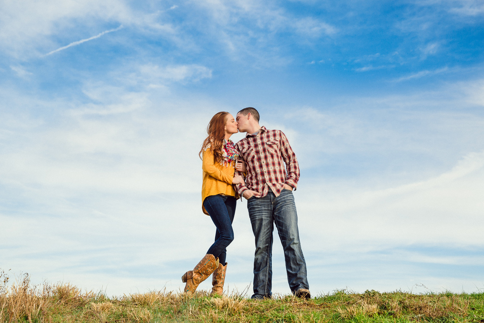 Oldani-Photography-St-Charles-August-A-Busch-Memorial-Area-Engagement-Session-engagement-photos_20141128_160320-2.jpg