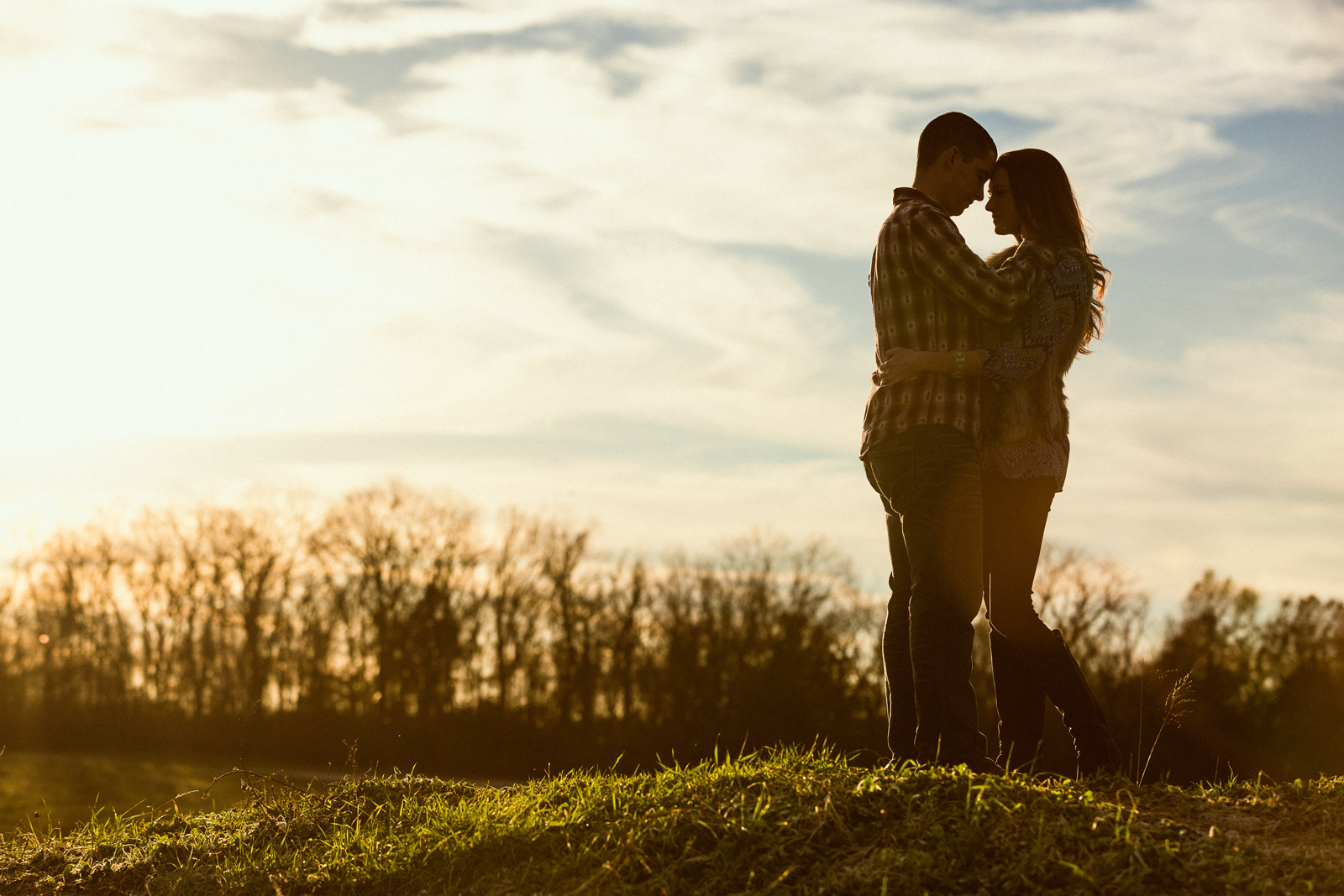 Oldani-Photography-St-Charles-August-A-Busch-Memorial-Area-Engagement-Session-engagement-photos_20141128_164927-2.jpg