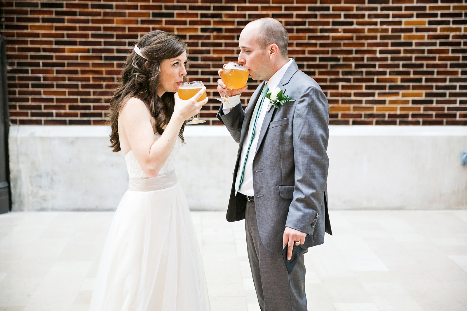 Oldani-Photography-St-Louis-Union-Station-Wedding-Party-wedding-photos_20140927_16121042.jpg