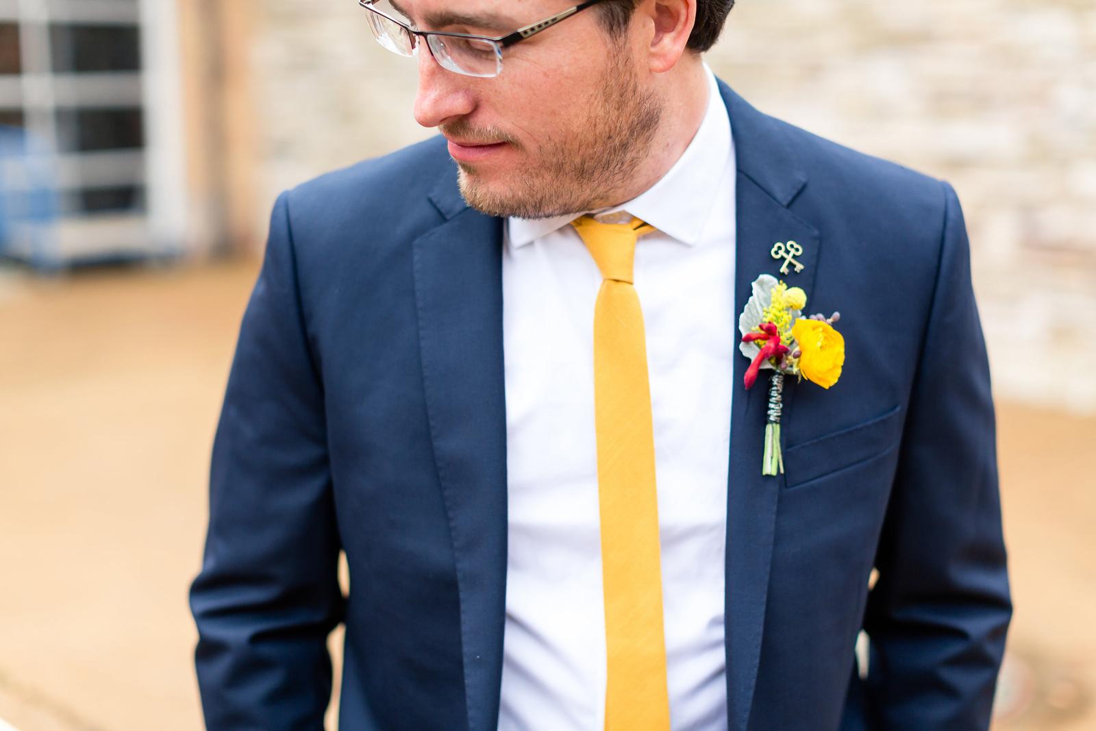 Oldani Photography-St Louis-Wedding Photos-wedding photographer-First Look-Mad Art Gallery_20141122_14335000.jpg