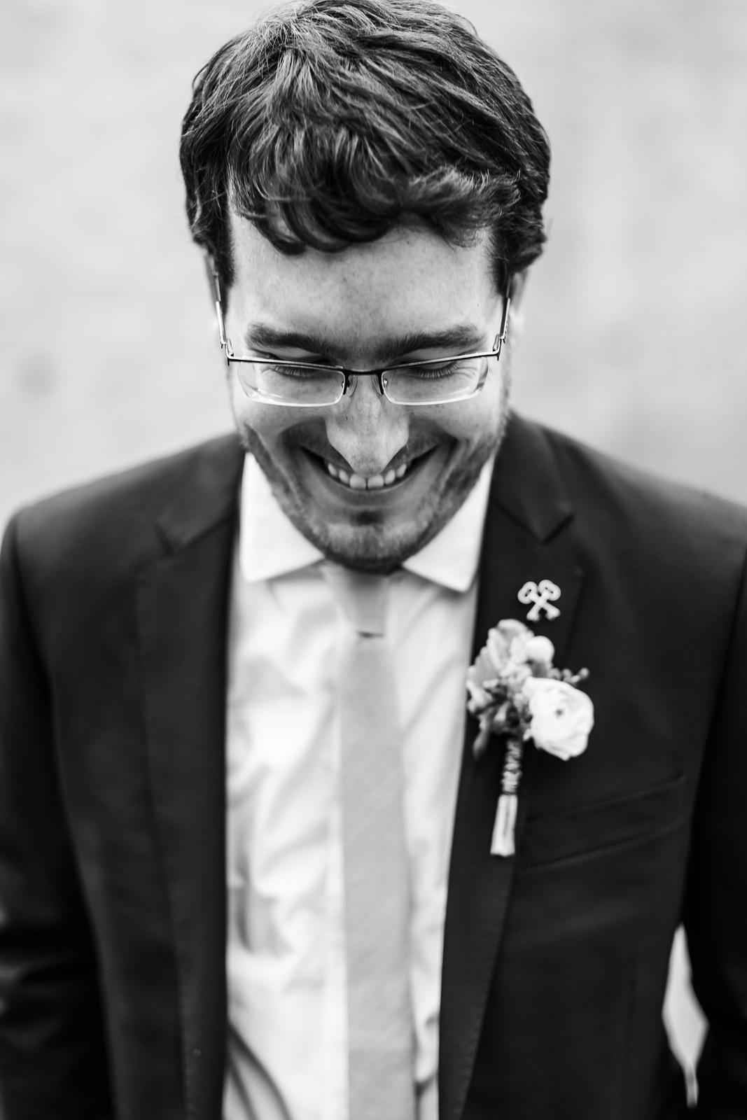 Oldani Photography-St Louis-Wedding Photos-wedding photographer-First Look-Mad Art Gallery_20141122_14352779.jpg