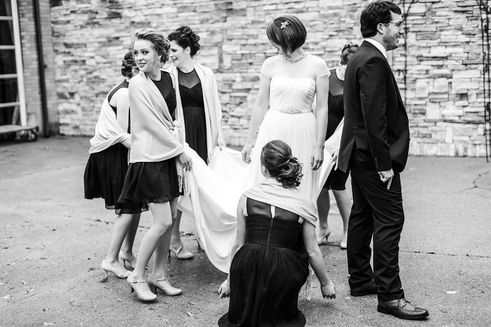 Oldani Photography-St Louis-Wedding Photos-wedding photographer-First Look-Mad Art Gallery_20141122_14361001.jpg