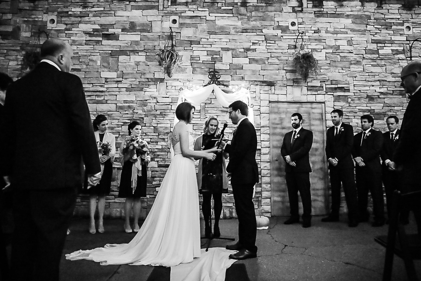 Oldani Photography-St Louis-Wedding Photos-wedding photographer-wedding party-outdoor wedding-Mad Art Gallery-reception-rain_20141122_18401112.jpg