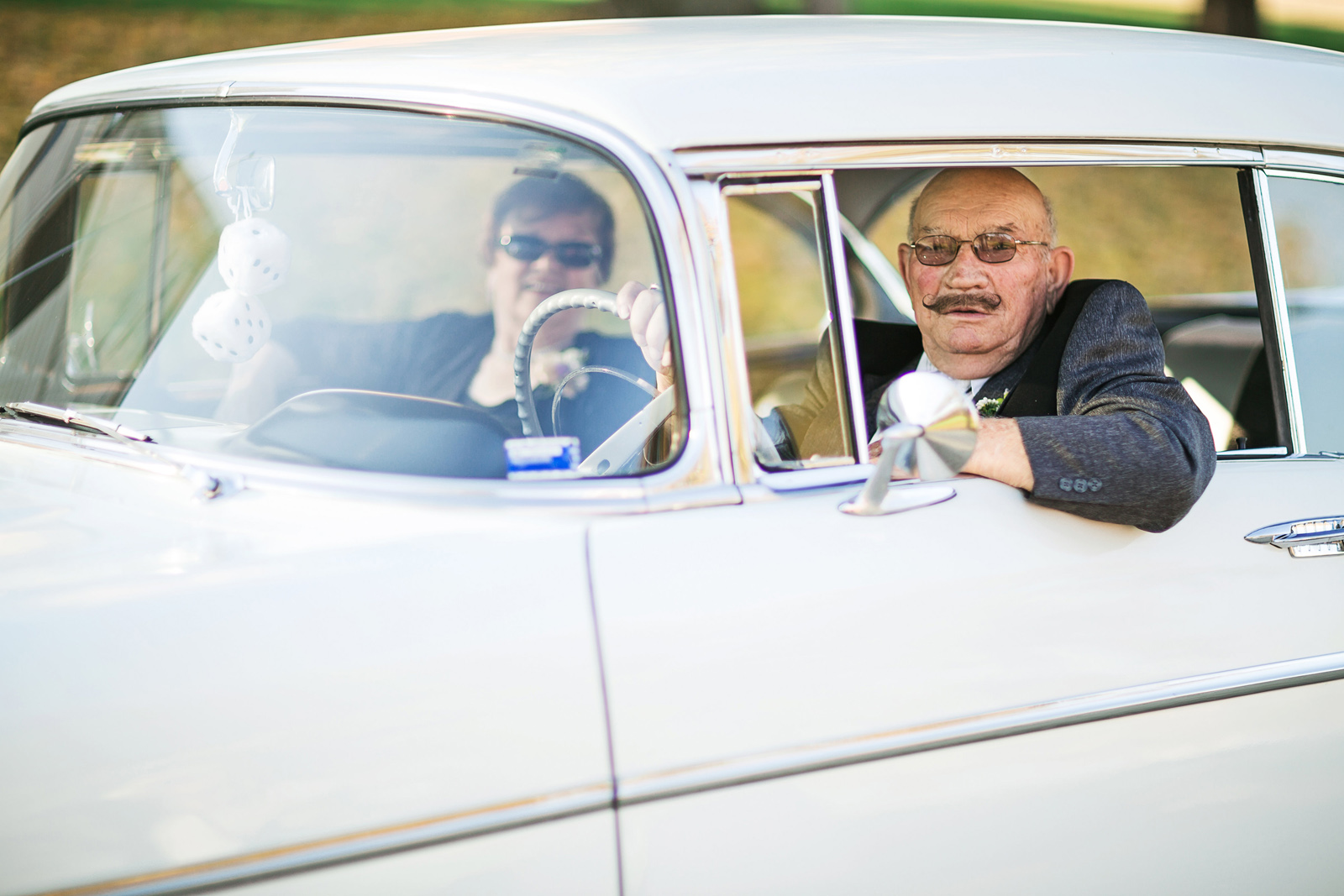 Oldani Photography-St Charles-Wentzville-St Paul-classic cars-red barn-wedding party-wedding photographer-wedding photos_20141025_16150320.jpg