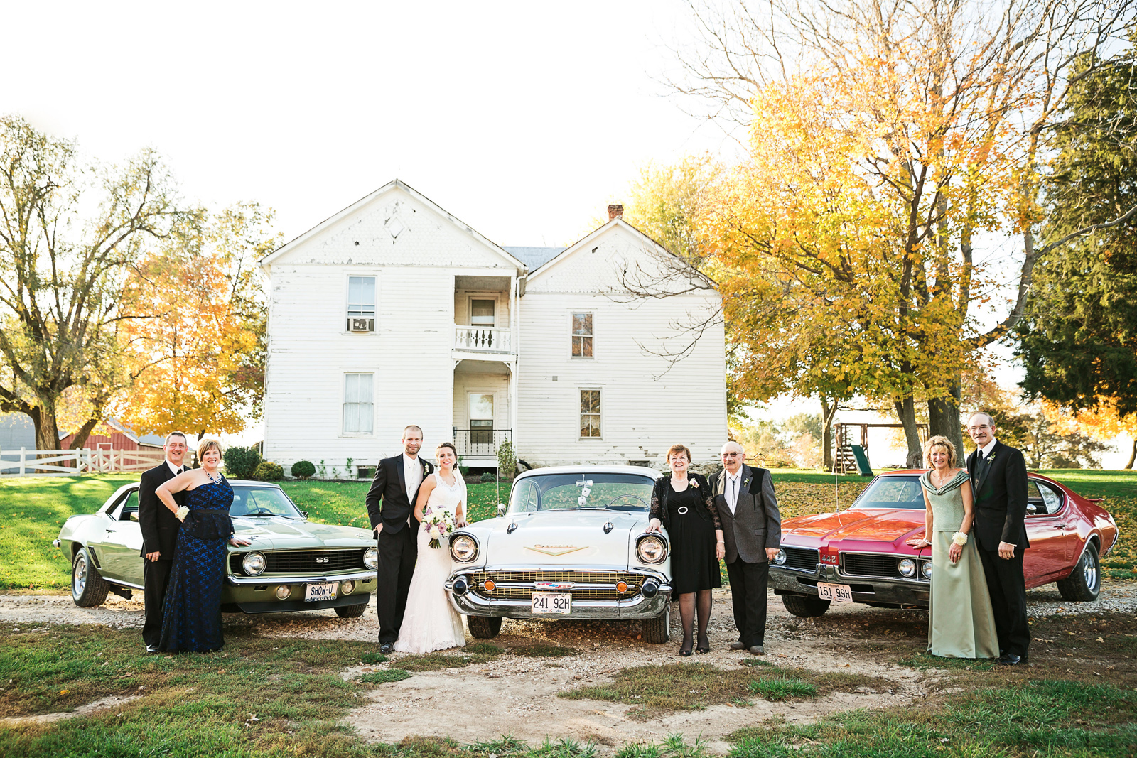 Oldani Photography-St Charles-Wentzville-St Paul-classic cars-red barn-wedding party-wedding photographer-wedding photos_20141025_16355612.jpg