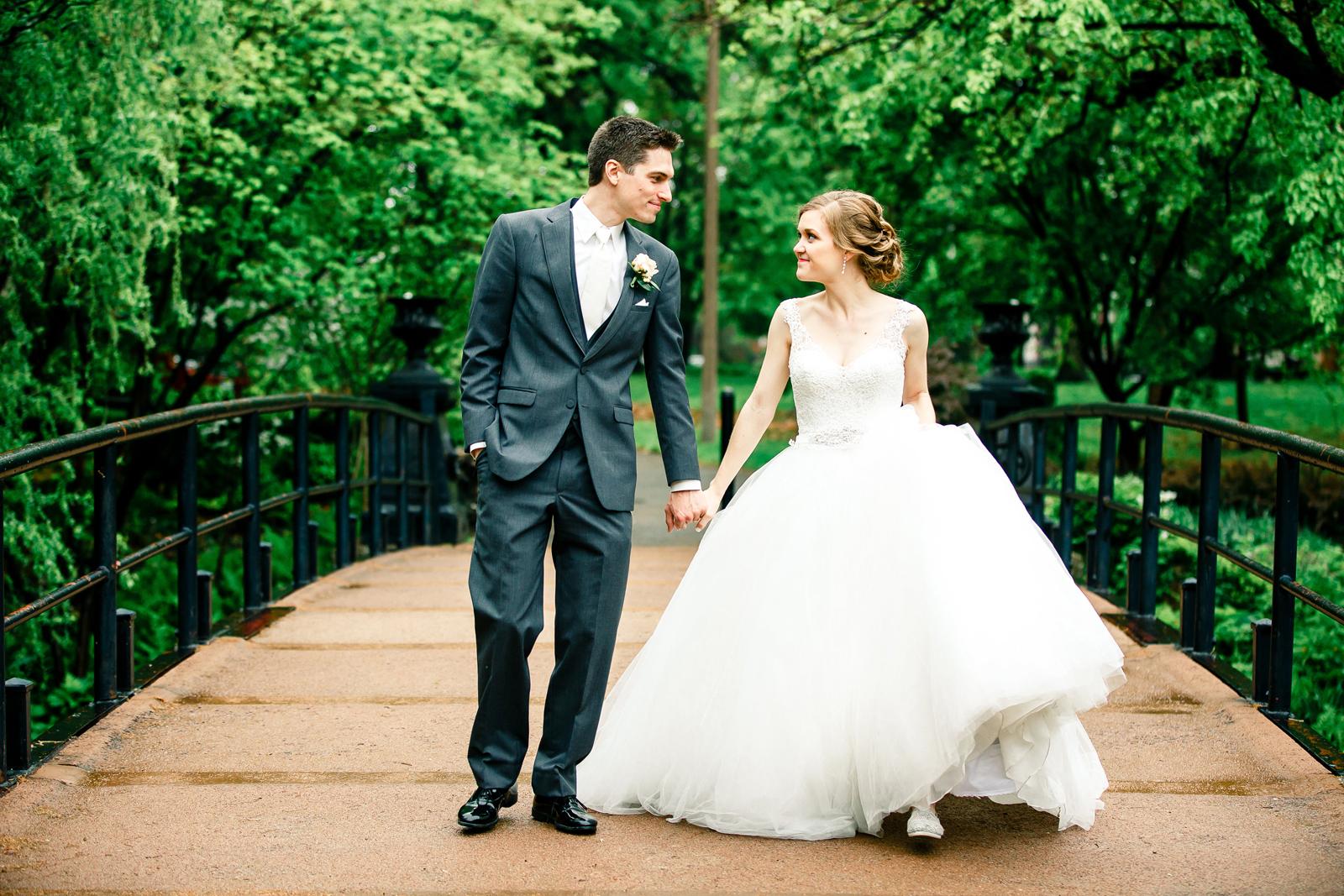 Bridal Portraits Lafayette Square Park Bride Groom St Louis Wedding Photographer Oldani Photography 2.jpg