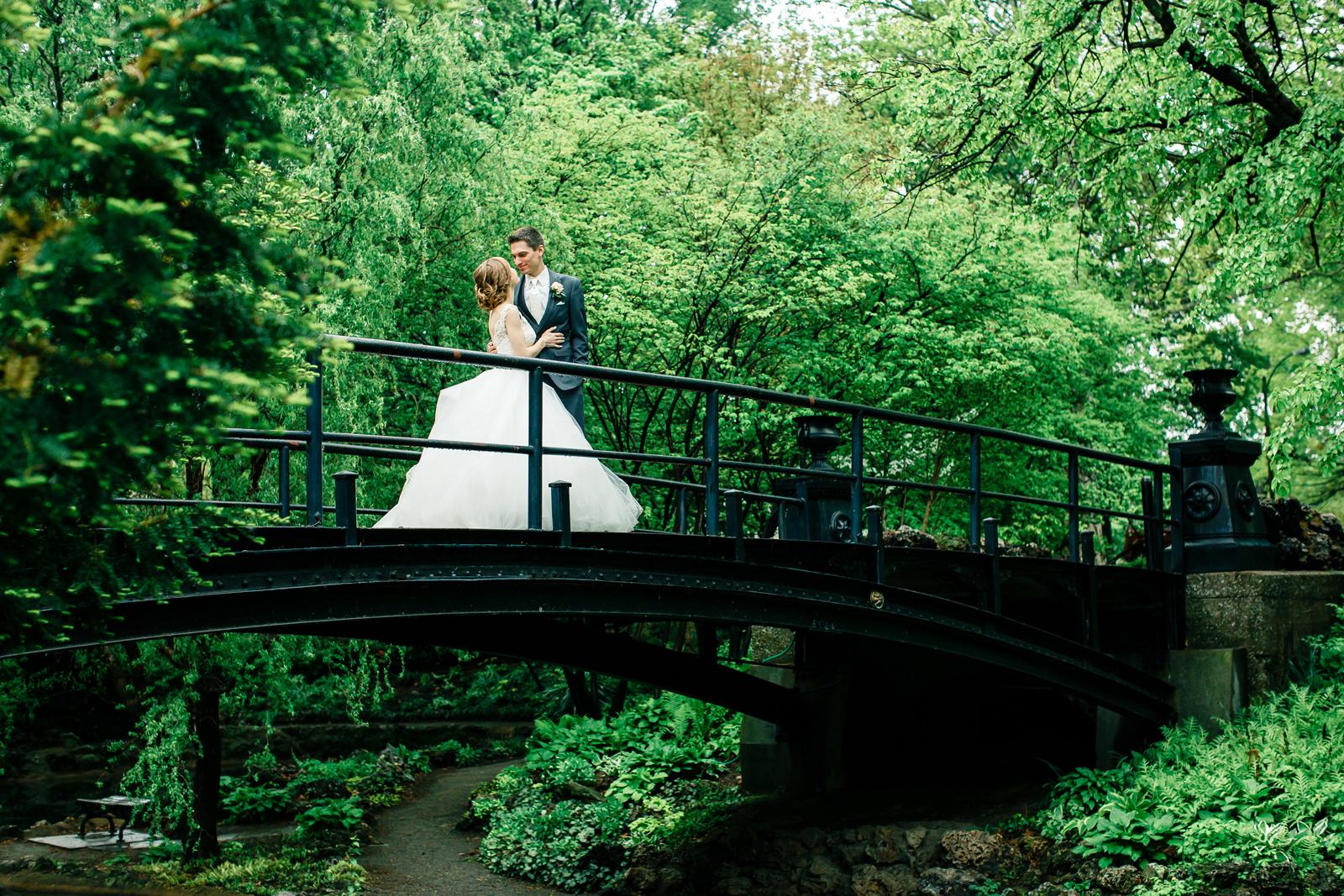Bridal Portraits Lafayette Square Park Bride Groom St Louis Wedding Photographer Oldani Photography 1.jpg