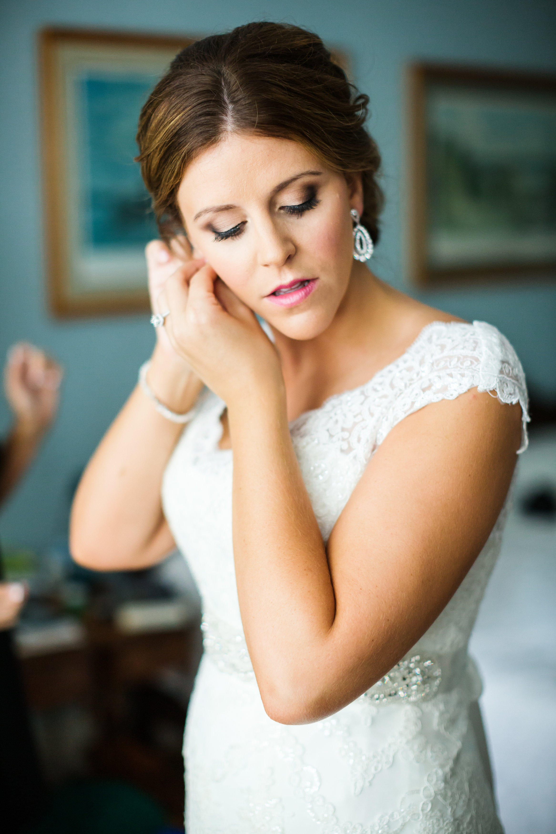 Bride Getting Ready in University City Missouri Wedding Day Photos by Oldani Photography St. Louis Wedding Photographers