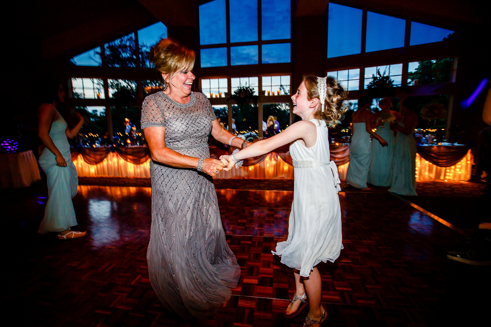 St. Clair Country Club Wedding Reception Photos with St. Louis Wedding Photographers by Oldani Photography 42.jpg