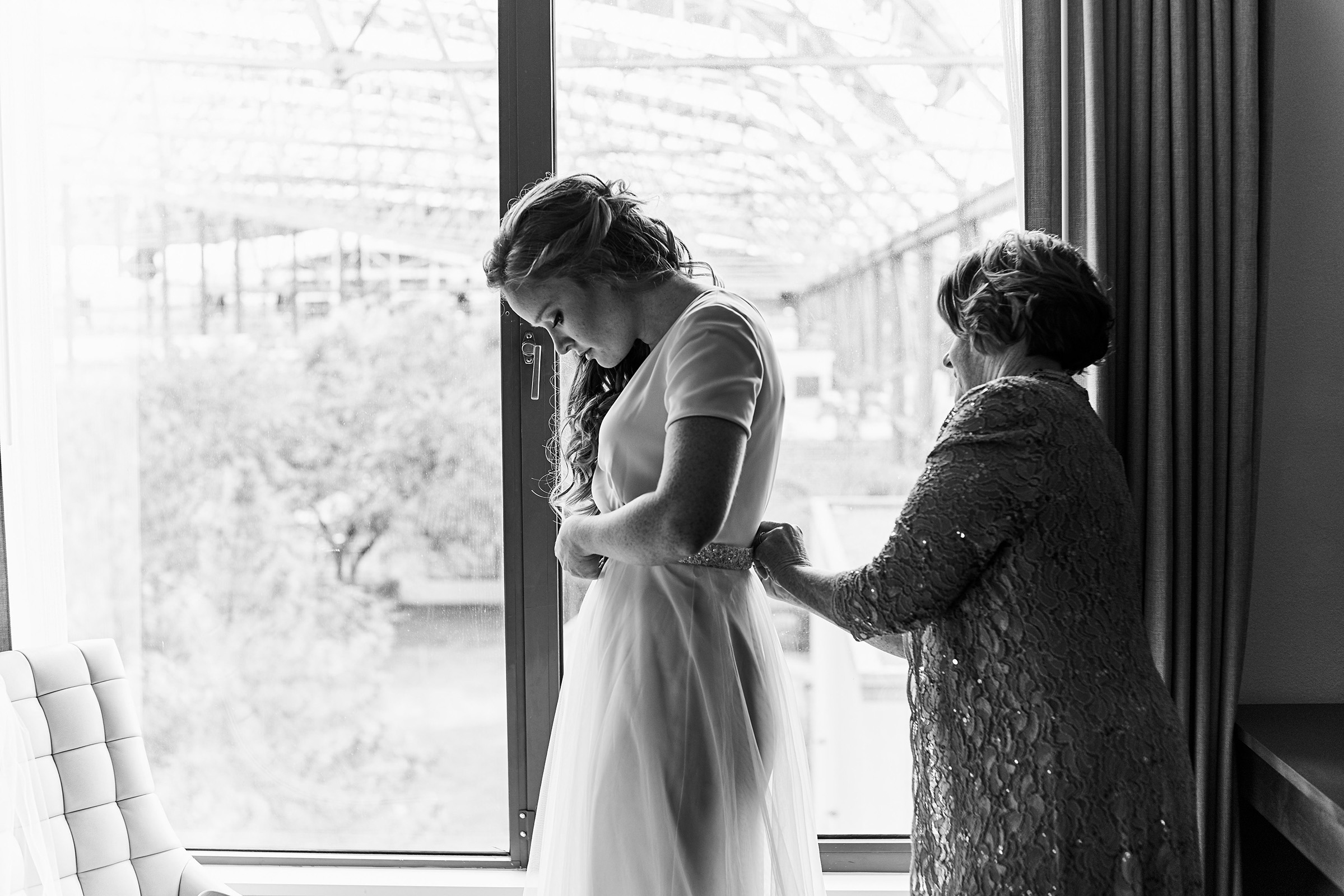 Saint Gabriel The Archangel Wedding and Union Station Reception by Oldani Photography St Louis Wedding Photographers36.jpg