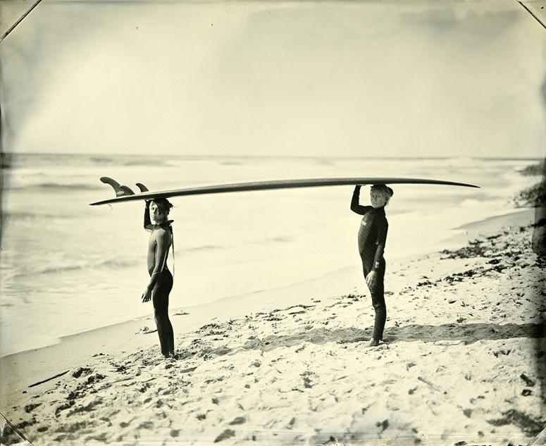 surfers_060930_6_lulu+minnie.jpg