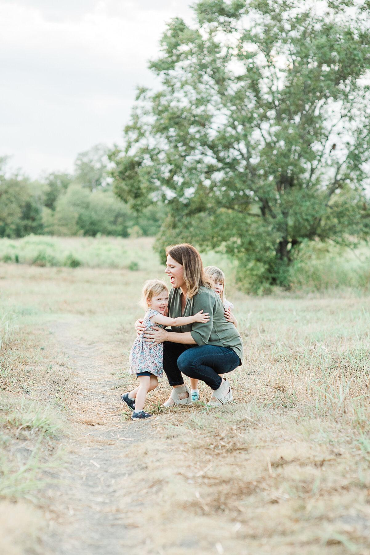 Dallas-Baby-Photographer-Park-Bench-Photography-118.jpg