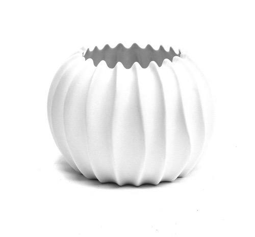 Porcelain Neptune Vase  7d x 5h   BUPNTVS