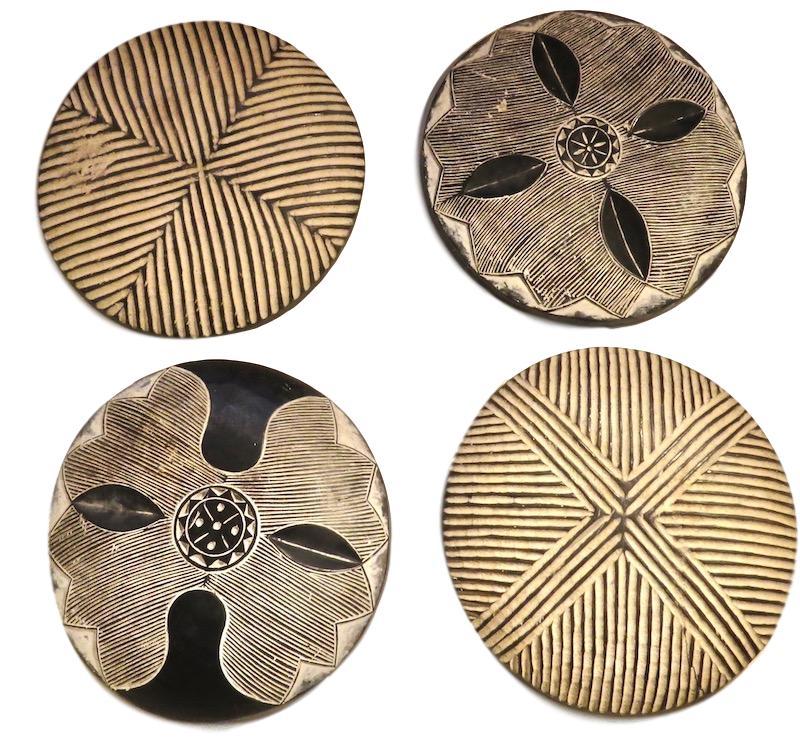 "Vintage Woman's Wood Shield Zulu Tribe, South Africa   22""d  AF084"