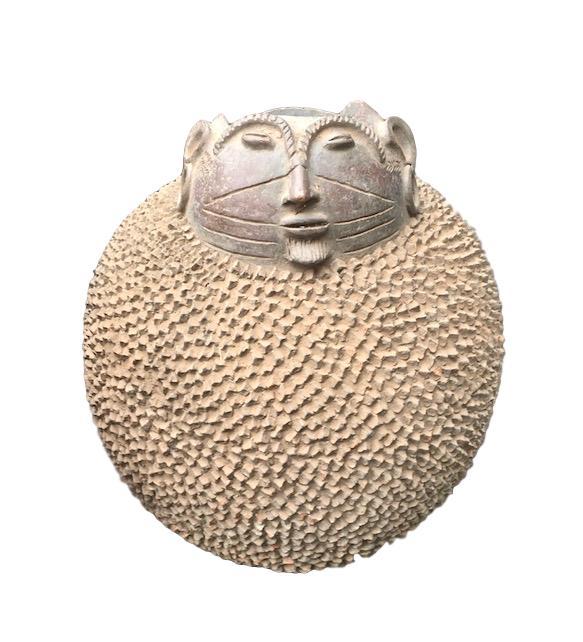 Vintage Mossi Ceramic Round Jar w/Head Burkina Faso   21dx28h +/-  AF236